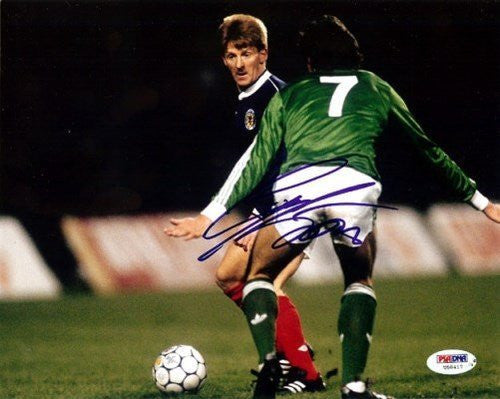 Gordon Strachan Signed 8x10 Photograph Scotland - PSA/DNA Authentication - Sports Memorabilia