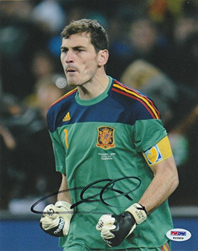 Iker Casillas Signed Photo - 8x10 Coa Espana World Cup - PSA/DNA Certified - Autographed Soccer Photos