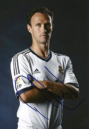 Ricardo Carvalho autograph, In-Person signed photo