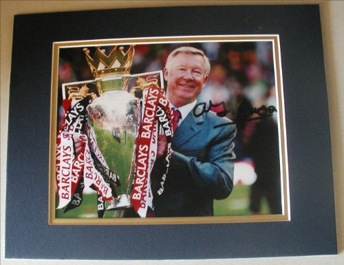 "ALEX FERGUSON Signed 8""x10"" DOUBLE MATTED Photo Reprint"