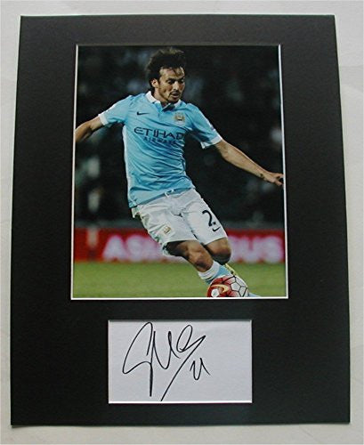 DAVID SILVA Photo/Signed Index Card Matted Display Auto COA