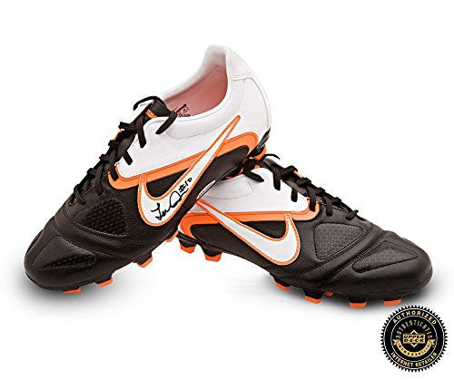 Landon Donovan Autographed/Signed Nike CTR360 Libretto II Soccer Cleats