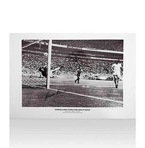 Gordon Banks Signed Photo Autograph - Autographed Soccer Photos