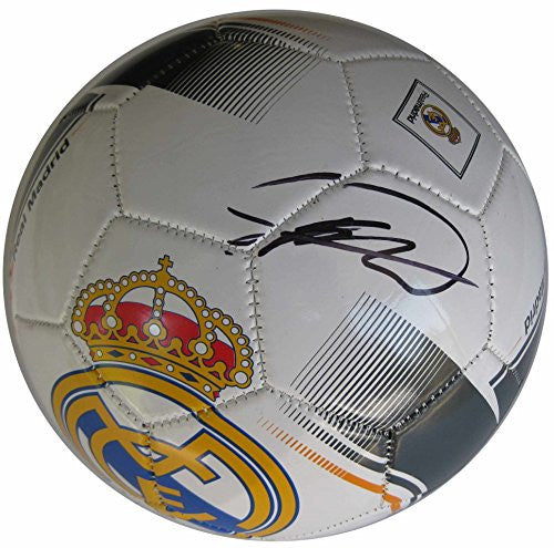 Ricardo Kaka, Kaka, Real Madrid CF, Signed, Autographed, Logo Soccer Ball, a COA with the Proof Photo of Kaka Signing Will Be Included