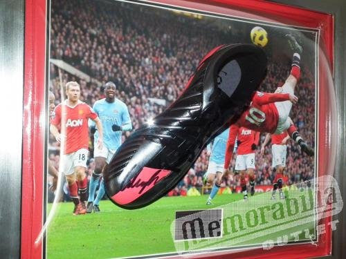 Wayne Rooney Man Utd Signed Black Nike Boot Framed