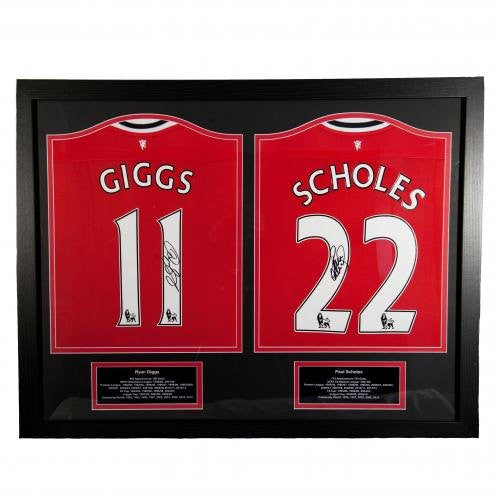 Manchester United F.C. Giggs & Scholes Signed