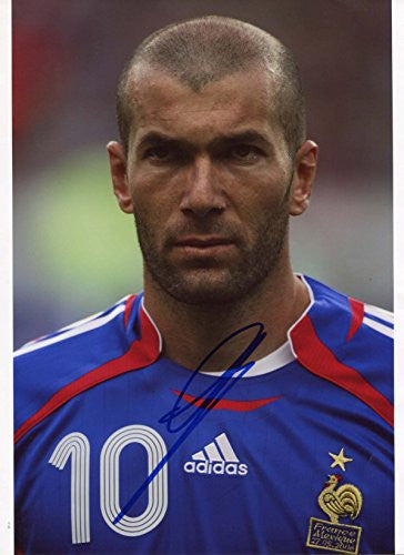 Zinedine Zidane TOP FRENCH autograph, IP signed photo