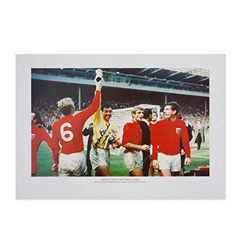 Gordon Banks Signed Photo - England Legend Autograph - Autographed Soccer Photos