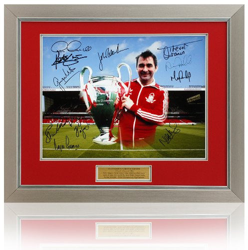 Brian Clough Nottingham Forest tribute montage hand signed by 11 players