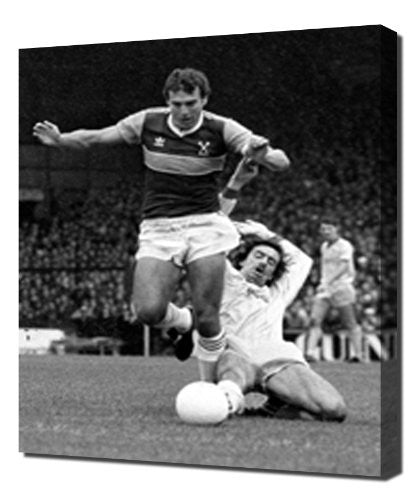 West Ham Trevor Brooking 2 - Canvas Art Print