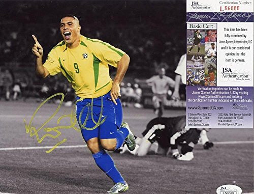 RONALDO #9 BRAZIL SOCCER LEGEND SIGNED AUTOGRAPHED 8X10 PHOTO JSA L56085