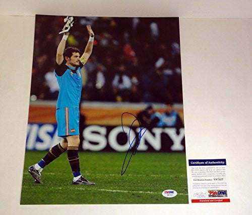 Iker Casillas Signed Autograph 11x14 Photo PSA/DNA COA #4