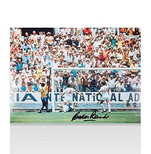 Gordon Banks Signed Photo - 1970 World Cup Pele Save Full Colour Autograph