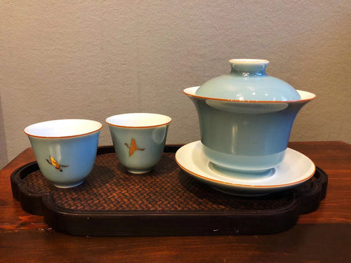 TA-Tea Set Blue Swan