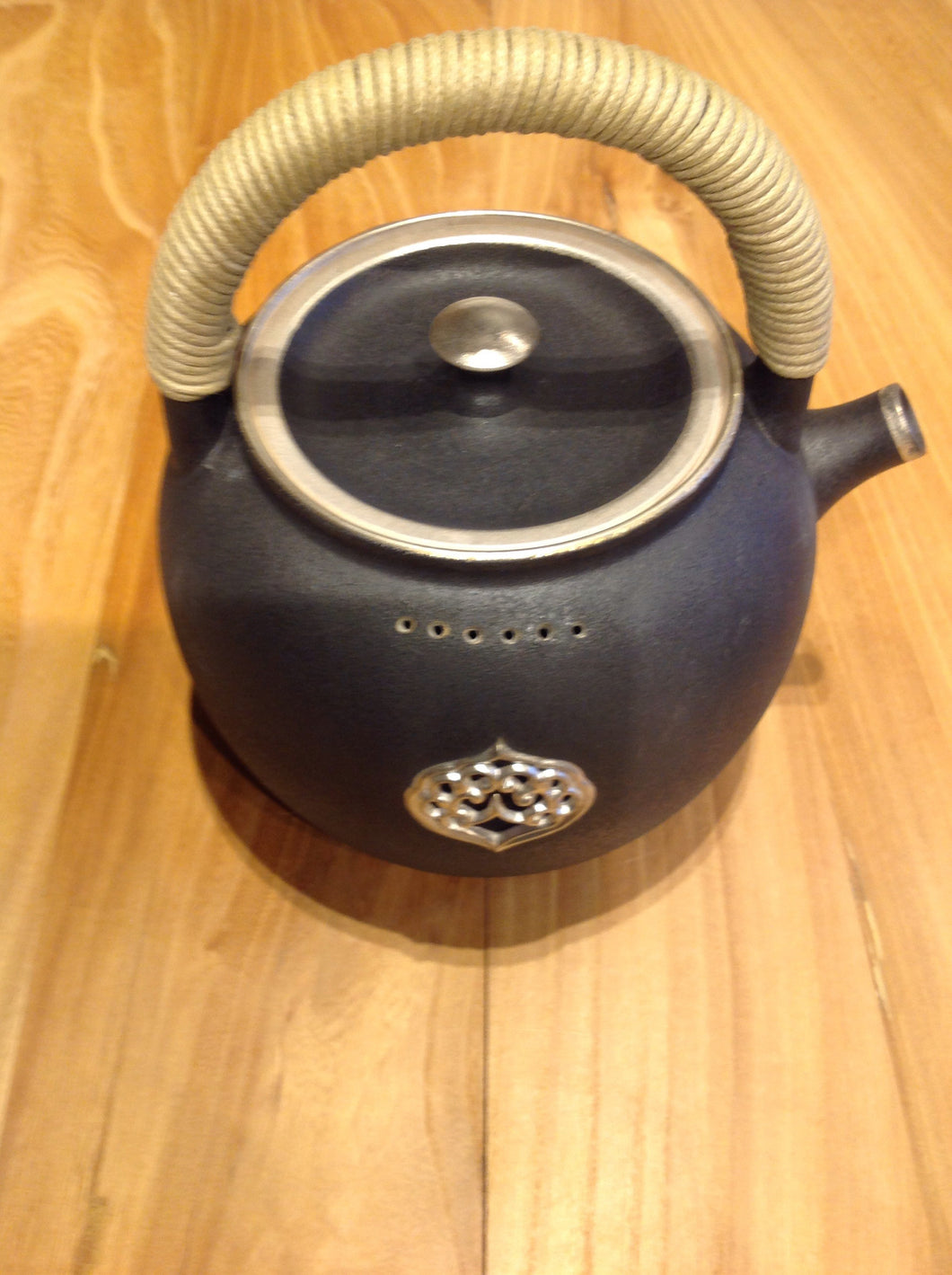TA-Black & Silver Tea Kettle