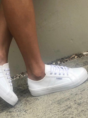 Cass Sneakers : White Leather
