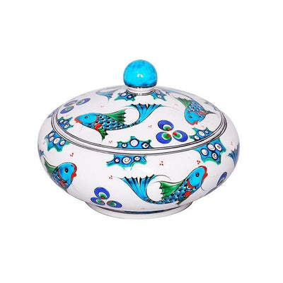 Iznik sugar bowl decorated with fish pattern