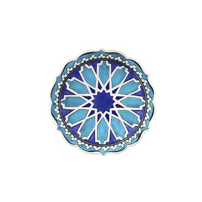 Iznik plate with seljuk geometrical design