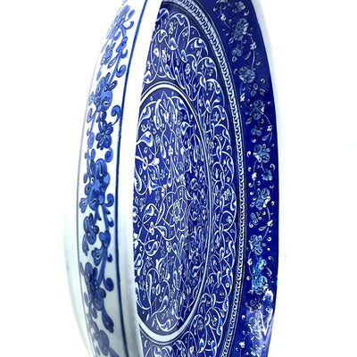 Important Blue and White Iznik Plate hand made