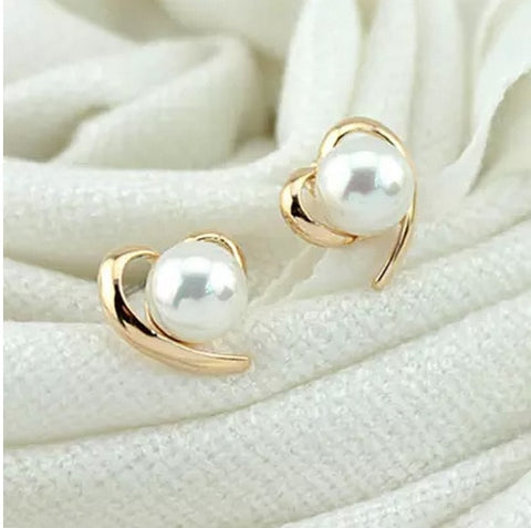 temperament sweet wild simulated pearl earrings female love simple models of compact without pierced ear clip