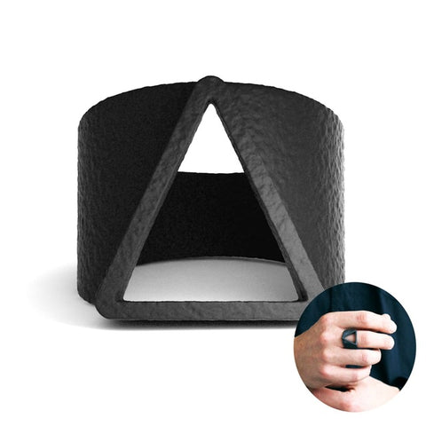 EVBEA Hot Sale Men Rings Vintage Style Geometric Triangle Finger Rings for Men Fashion Black Ring Jewelry Accessories