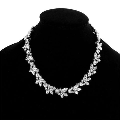 Retro Full Austria Crystal Rhinestone Choker Necklaces Women Short Chain Flower Pendant Necklace Collares Mujer Christams Gift