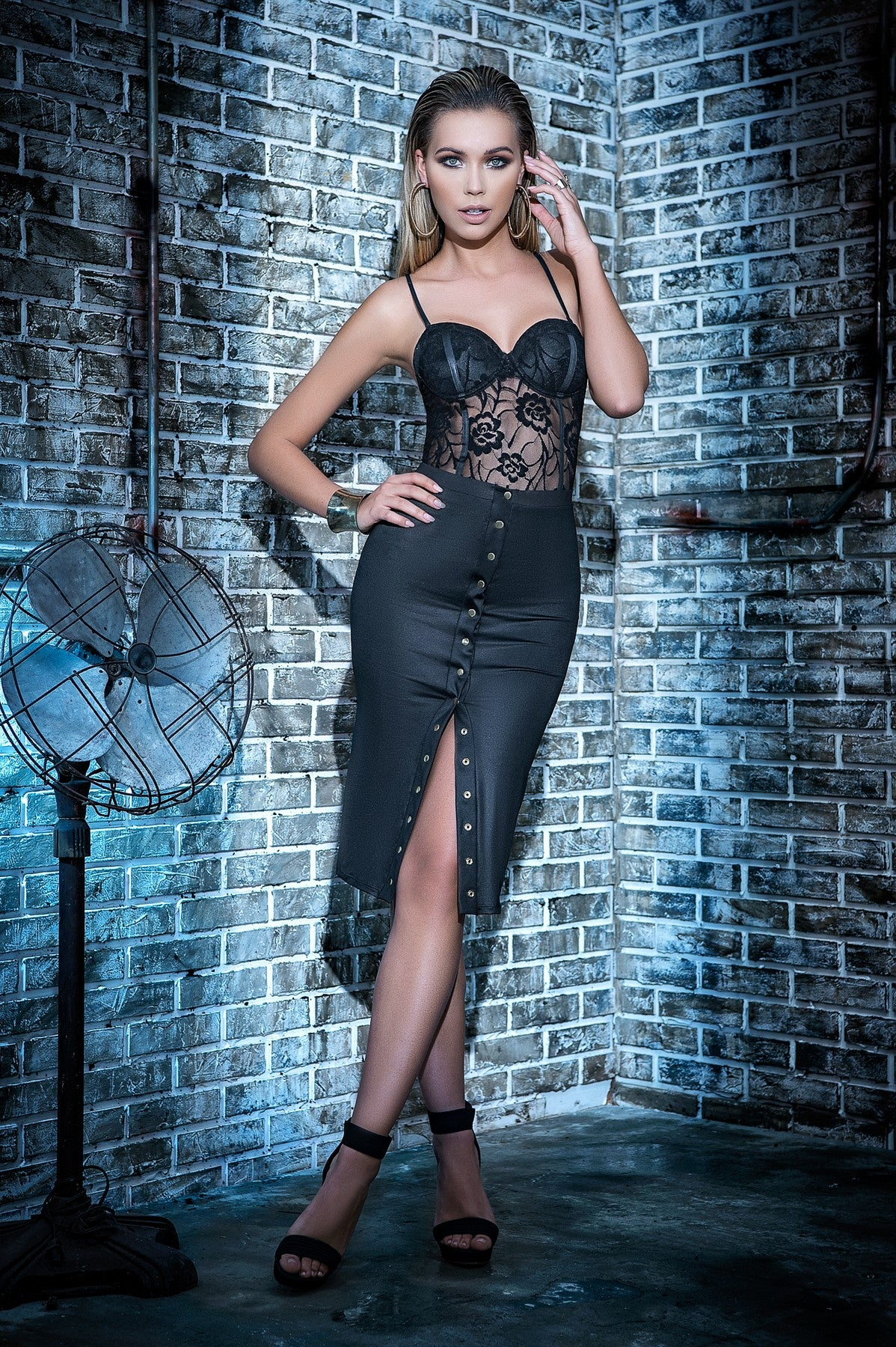 Trendy Two Piece Sheer Lace Skirt Set