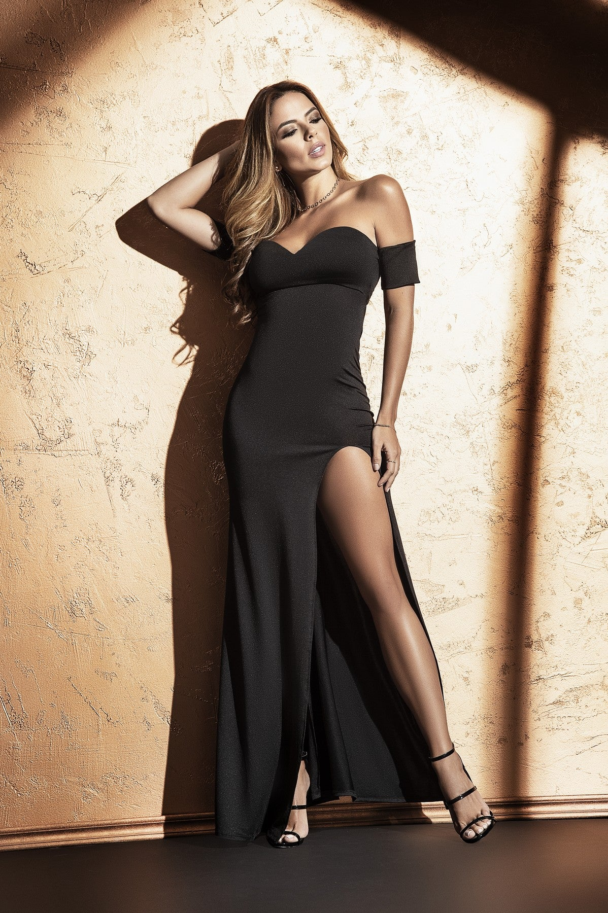 Elegant Off The Shoulder Long Dress