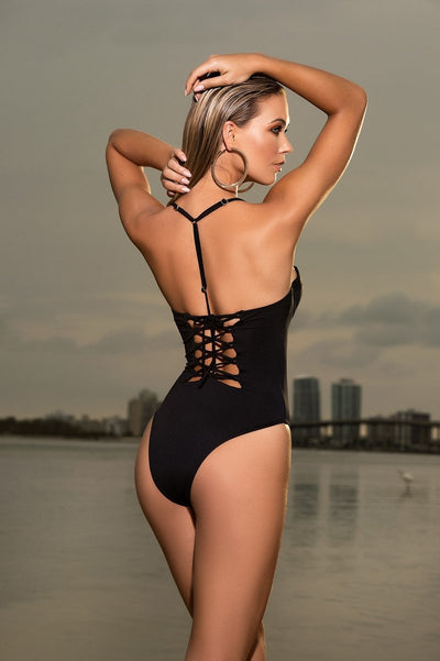 Elegant Bandeau One Piece Swimsuit