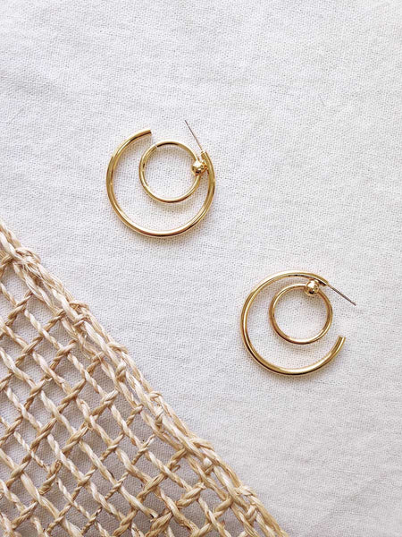 ADILLA DOUBLE HOOP EARRINGS