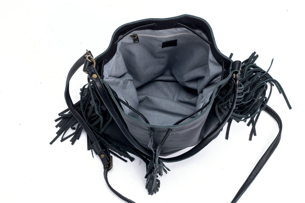 Fringe Bucket bag camel suede