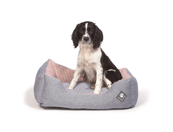 Danish Design Maritime Snuggle Bed