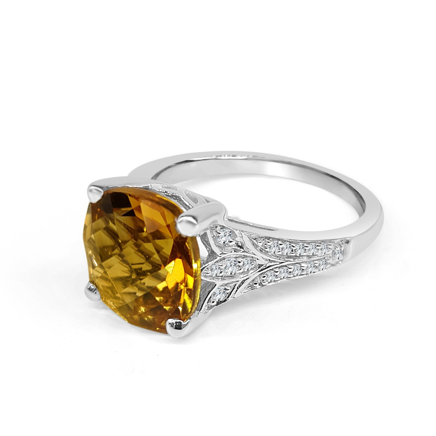 Cushion Shaped Citrine Ring With Vintage Side Detail