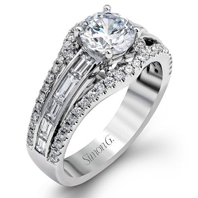 Simon G. Simon G Vintage Explorer Colle Caration Round And Baguette Diamond Engagement Ring