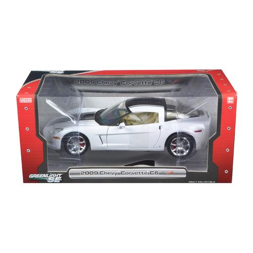 2009 Chevrolet Corvette C6 1/24 Coupe White Diecast Car Model by Greenlight
