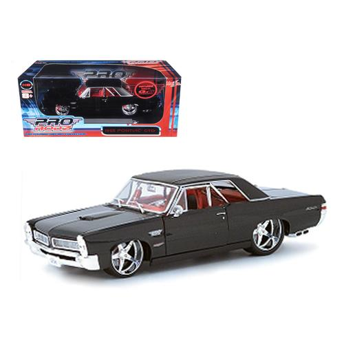 1965 Pontiac GTO Black Custom 1/18 Diecast Car Model by Maisto