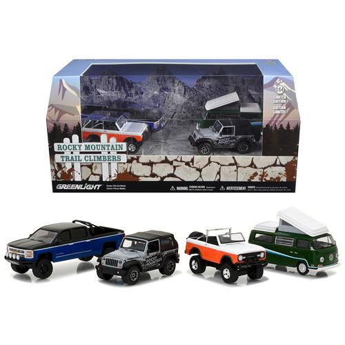 Motor World Diorama Rocky Mountain Trail Climb 4pcs Set 1/64 Diecast Model Cars by Greenlight