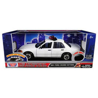 2001 Ford Crown Victoria Police Car Plain Black & White with Flashing Light Bar, Front and Rear Lights and Sound 1/18 Diecast Model Car by Motormax