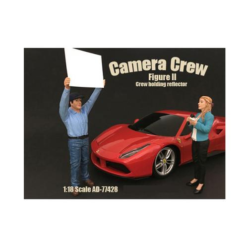 "Camera Crew Figure II ""Crew Holding Reflector"" For 1:18 Scale Models by American Diorama"