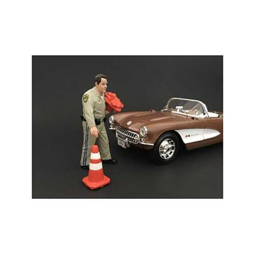 Highway Patrol Officer Collecting Cones Figurine / Figure For 1:18 Models by American Diorama
