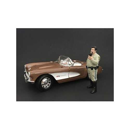 Highway Patrol Officer Talking on the Radio Figurines / Figures For 1:24 Models by American Diorama
