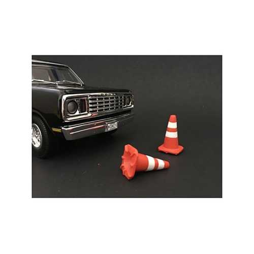 Traffic Cones Set of 4 Accessory For 1:18 Models by American Diorama