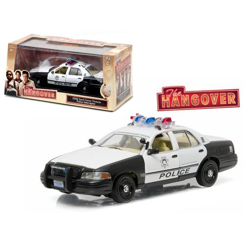 "2000 Ford Crown Victoria Police Interceptor ""The Hangover"" (2009) Movie 1/43 Diecast Model Car  by Greenlight"