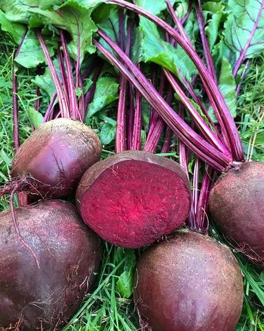 Beets, Red, with Greens