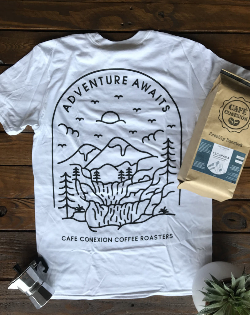 ESCAPADA X ADVENTURE AWAITS T-SHIRT