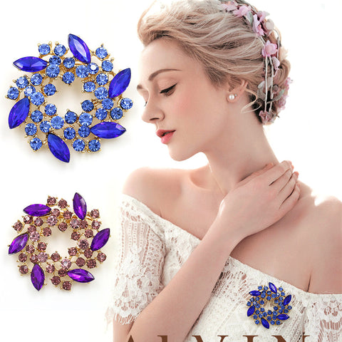 Pack of 3 Beautiful Colorful Crystal Rhinestones Fashion Garland Flower Brooch Pins for Lady in assorted