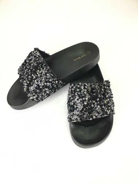 GLITZ SLIDES IN BLACK