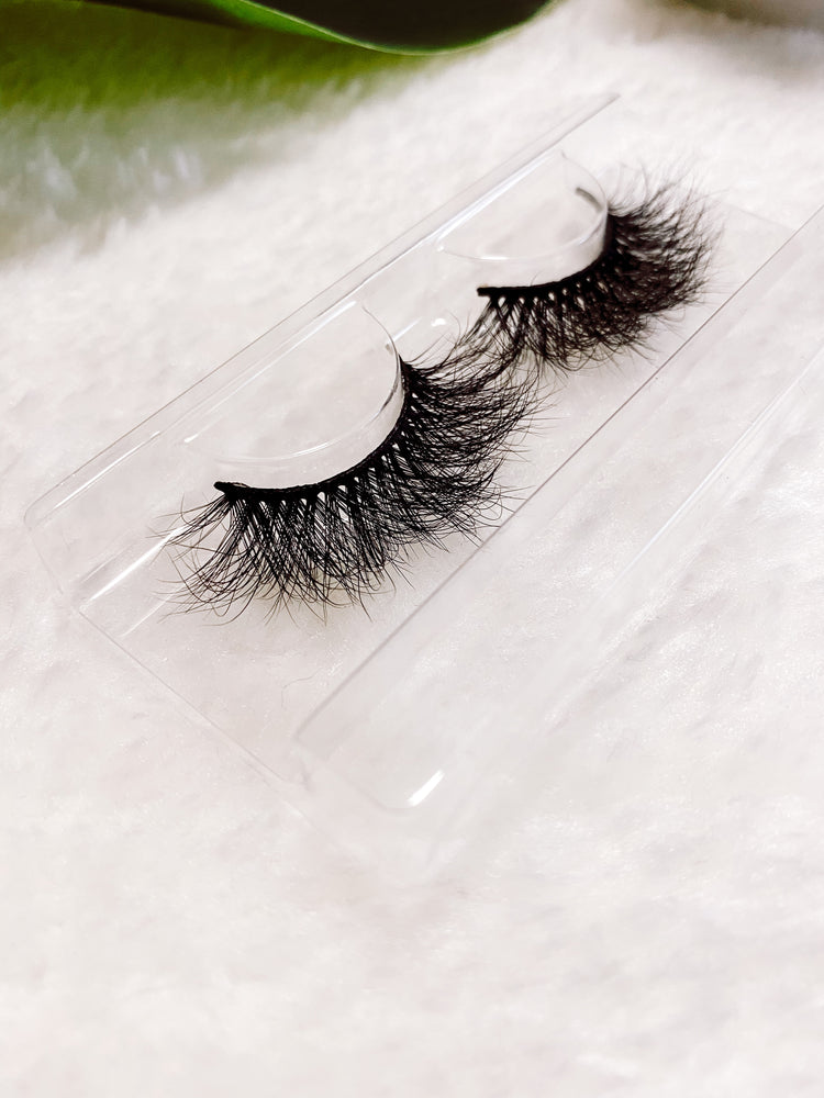 ROYALTY MINK LASHES