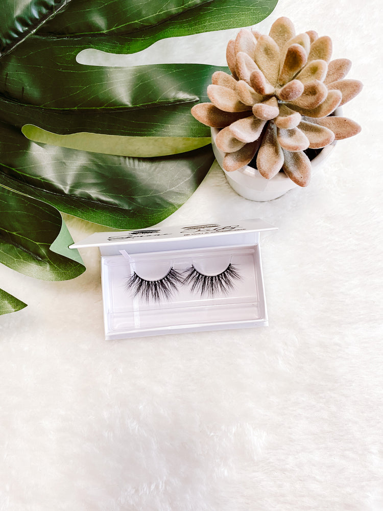 ANABEL MINK LASHES