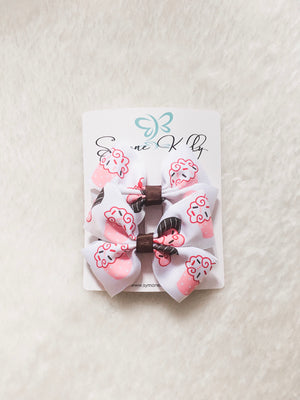 Load image into Gallery viewer, STRAWBERRY N' VANILLA CUPCAKE BOWS
